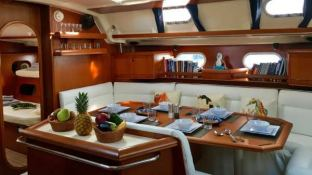NEMO SY  Dufour Yachts Dufour 500 Interior 8