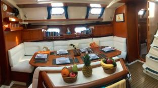 NEMO SY  Dufour Yachts Dufour 500 Interior 10