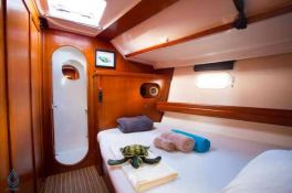 NEMO SY  Dufour Yachts Dufour 500 Interior 12