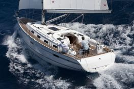 Bavaria 40  Bavaria Yachts Exterior 1