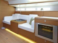 Sun Odyssey 509 Jeanneau Interior 3
