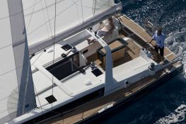 Oceanis 485 with watermaker & A/C Exterior 2