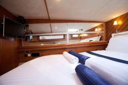 Cumberland 46 Fountaine Pajot Interior 1