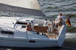 Hanse 385 Hanse Yachts Exterior 2