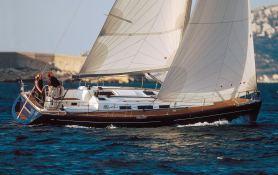Dufour 40 Dufour Yachts Exterior 1