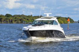 Sea Ray 455 Sundancer Sea Ray Exterior 3