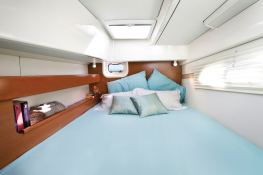 Leopard 384 Robertson & Caines Interior 3