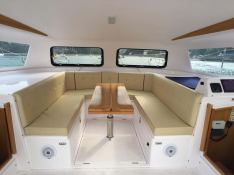 Seawind 1000 XL Seawind Catamaran Interior 2