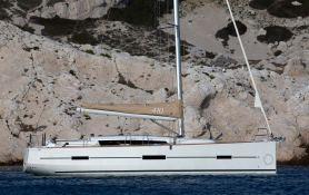 Dufour 410 Dufour Yachts Exterior 4