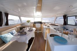 Highland 35 Fountaine Pajot Interior 1