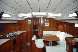 Oceanis  473 Beneteau Interior 1
