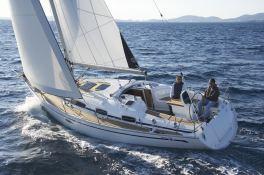 Bavaria 35 Bavaria Yachts Exterior 1