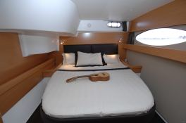 Salina 48 Fountaine Pajot Interior 3