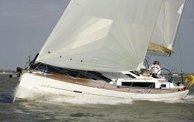 Dufour 485 Dufour Yachts Exterior 3