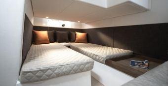 Sealine SC35 Sealine Interior 1