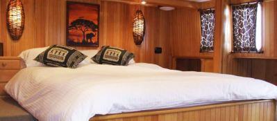SHANGANI   Catamaran 70 Interior 1