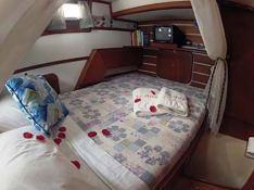 Catamaran 43 Interior 5