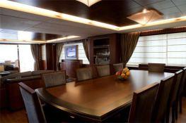 Fly 116' Azimut Yachts Interior 9