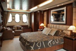 Fly 116' Azimut Yachts Interior 10