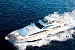 Stromboli  Azimut Yachts Azimut 105 Exterior 1