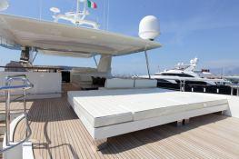 Stromboli  Azimut Yachts Azimut 105 Interior 5