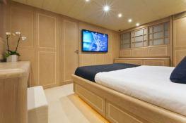 High Roller  Baglietto Yacht 105' Interior 4