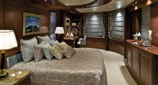 Omega  Mitsubishi Yacht 82M Interior 4