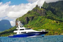 Custom Yacht 28M