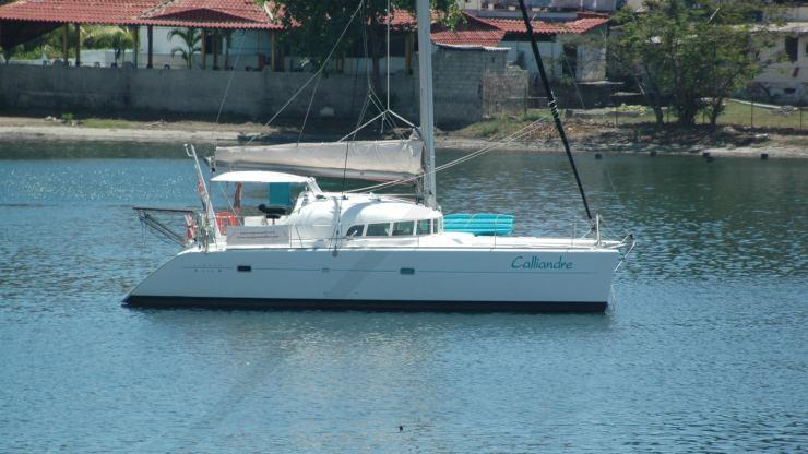 Location de bateaux Lagoon410