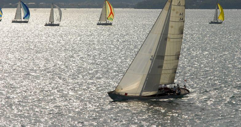 Location de bateaux Spirit56