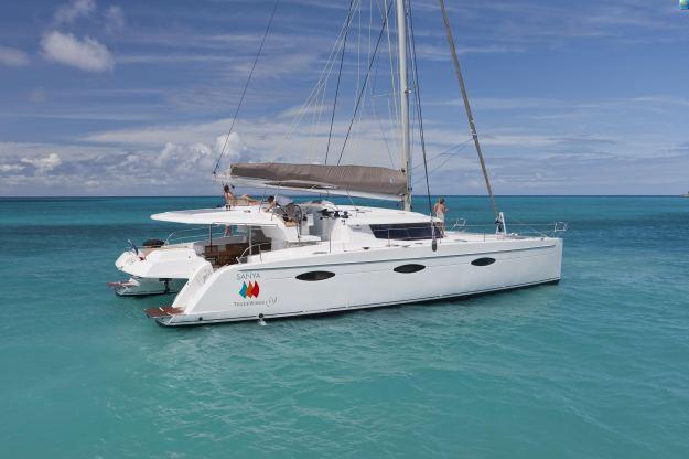 Location de bateaux Sanya57