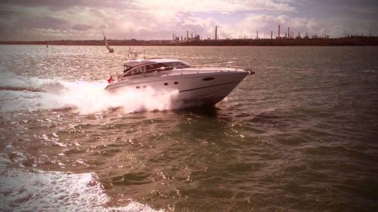Location de bateaux Princess P65