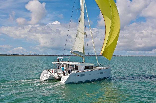Location de bateaux Lagoon400