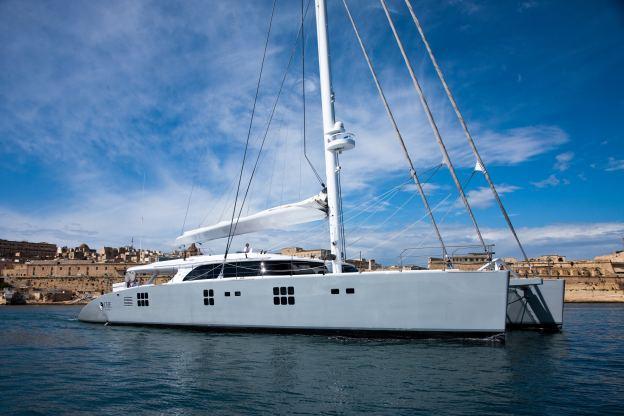 Location de bateaux Sail113'