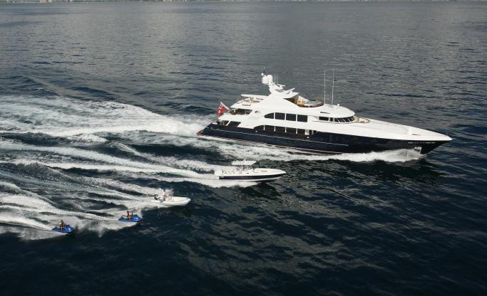 Location de bateaux Yacht48M