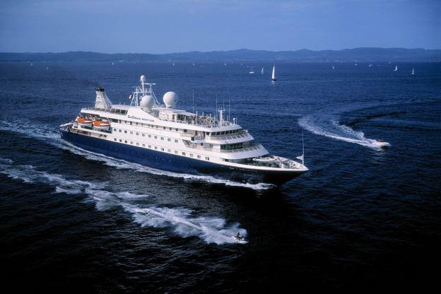 Location de bateaux Yacht110M