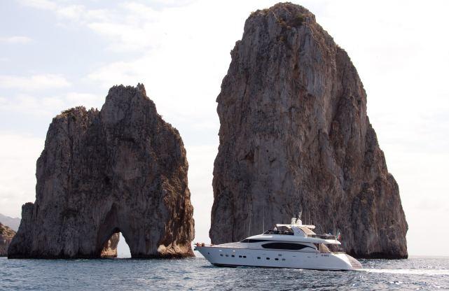 Location de bateaux Yacht26M