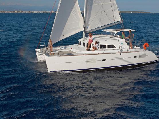 Location de bateaux Lagoon380