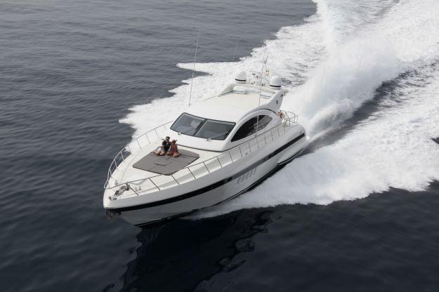 Location de bateaux Mangusta72
