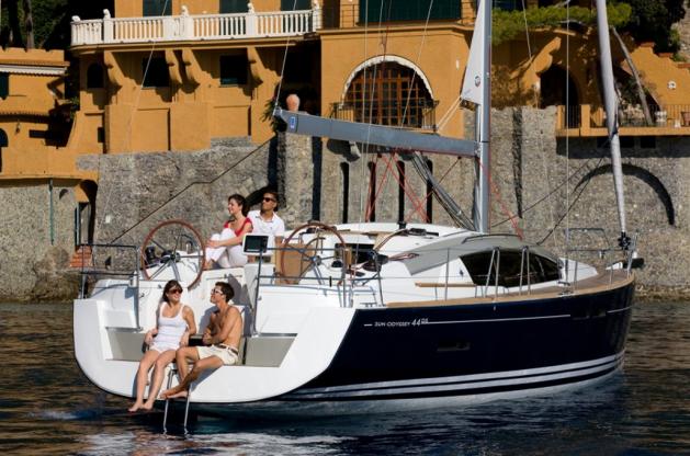 Location de bateaux Sun Odyssey44DS