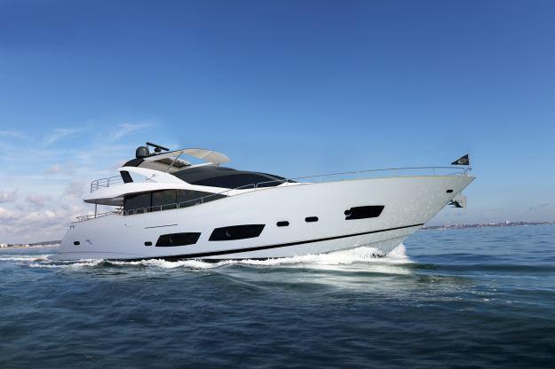 Location de bateaux Yacht28M