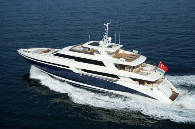 Location de bateaux Yacht 45M