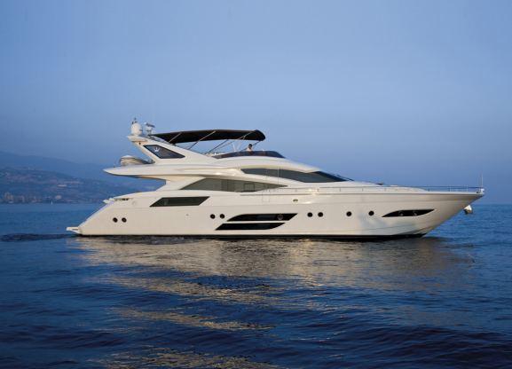 Location de bateaux Dominator780