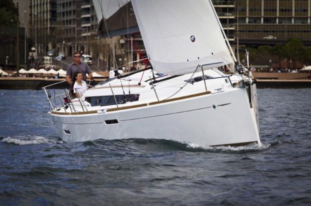 Location de bateaux Sun Odyssey389