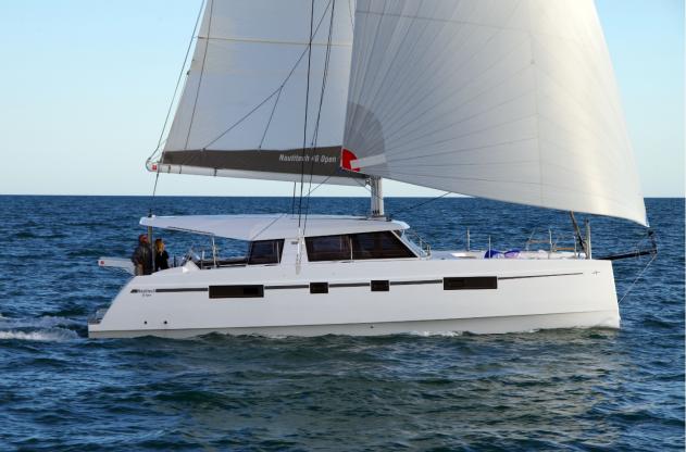 Location de bateaux Nautitech46 open