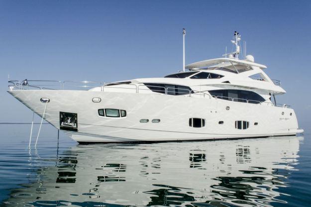 Location de bateaux Yacht98