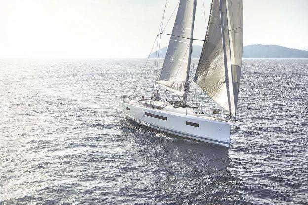 Location de bateaux Sun Odyssey440