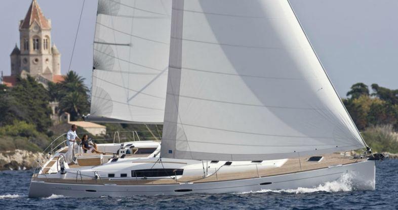 Location de bateaux Oceanis 54