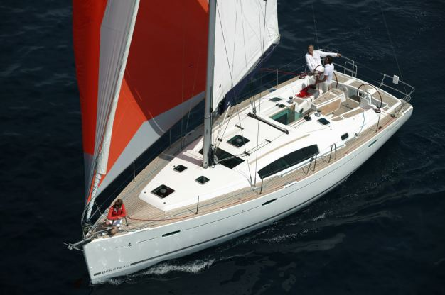 Location de bateaux Oceanis 43