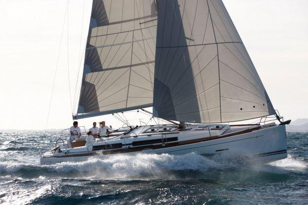 Location de bateaux Dufour405
